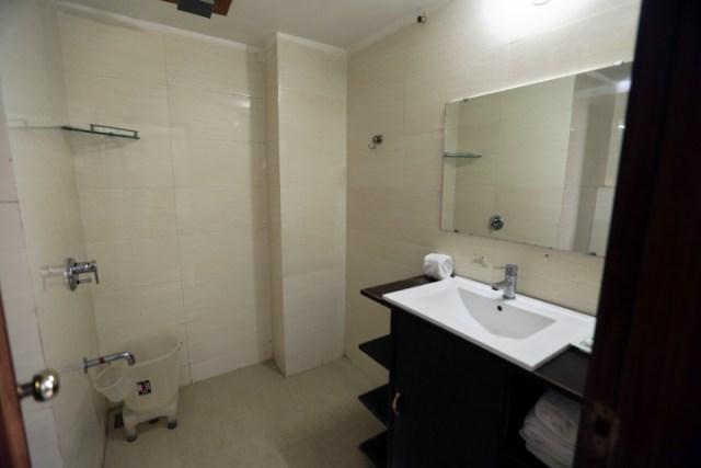 Deluxe Room - Hotel Eqbal Inn (4)